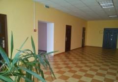 Дешево сдам кабинеты под офис в кирп. здании по ул.Днепровской