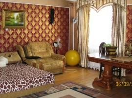 ! 2-комнатная квартира,86м в кирп. доме с ремонтом. Савчука