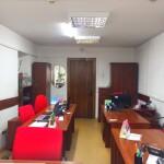photo5447456113172787015